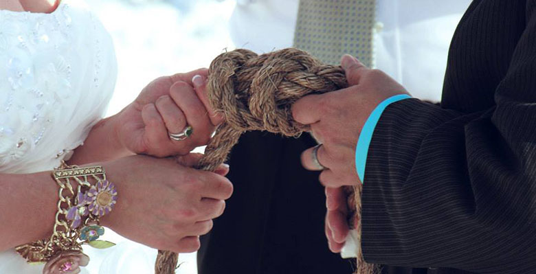 retie the knot image 1
